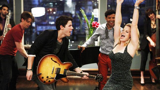 Smash Nick Jonas Megan Hilty performing - H 2012