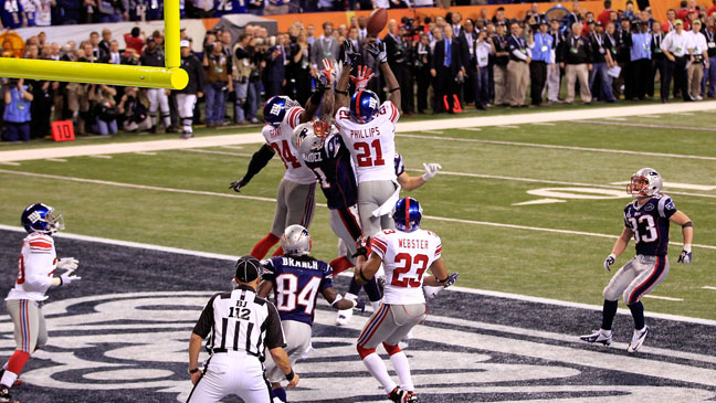 Super Bowl XLVI End Zone Play - H 2012