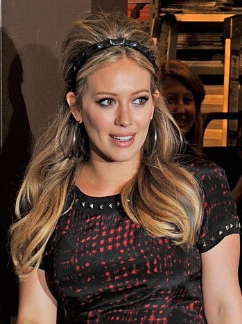 Hilary Duff Book Signing Event - P 2012
