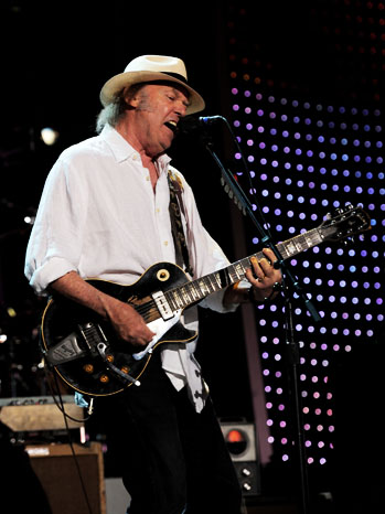 Neil Young Stage - P 2012