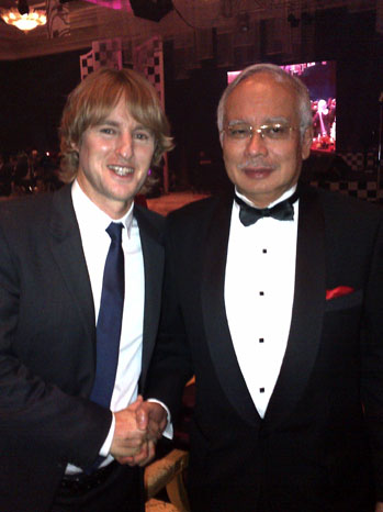 Owen Wilson Twitter Prime Minister Malaysia - P 2012