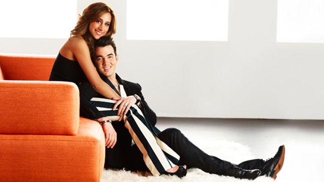 Married to Jonas PR image - H 2012