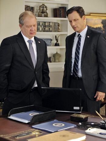 Scandal Jeff Perry Tony Goldwyn - P 2012
