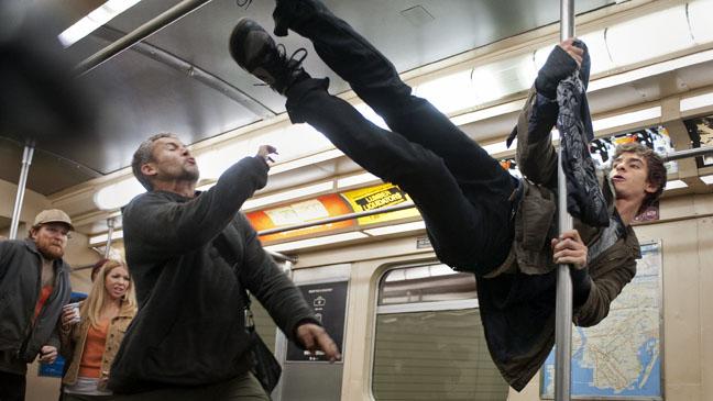 Amazing Spider-Man Subway Peter Parker Andrew Garfield - H 2012
