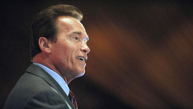 Arnold Schwarzenegger Navigating the American Carbon World - H 2012
