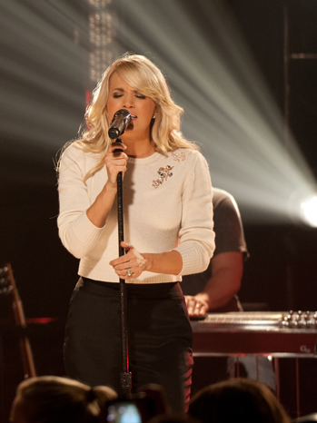 Carrie Underwood Iheartradio performance P