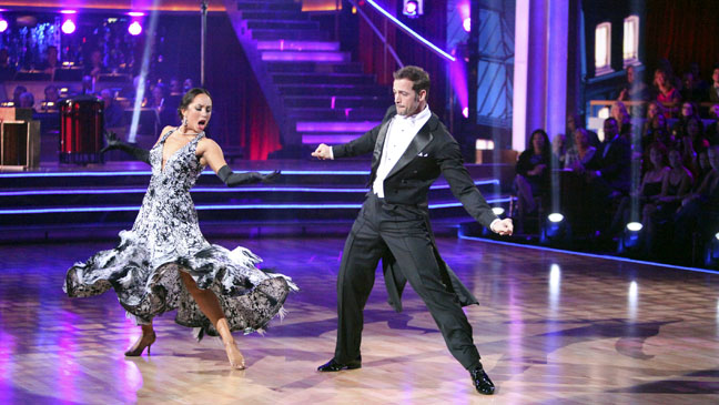 DWTS William Levy Performance - H 2012
