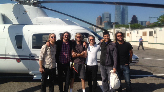 Foo Fighters helicopter 2012 L