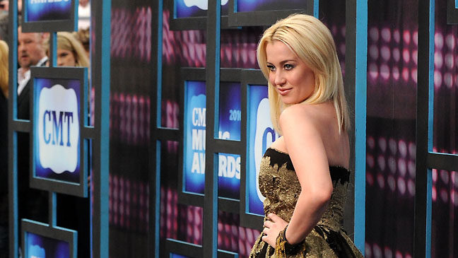 Kellie Pickler CMT Awards - H 2012