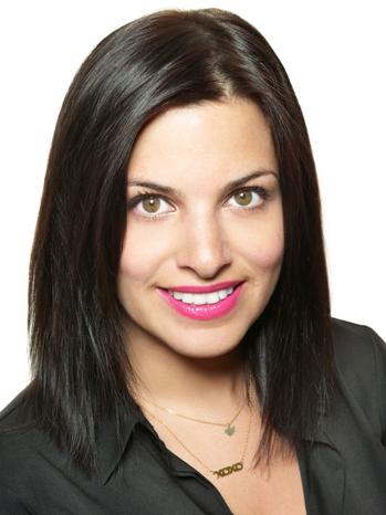Lauren Schneider headshot P