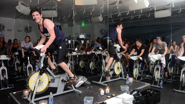 Max Greenfield Spinning - H 2012