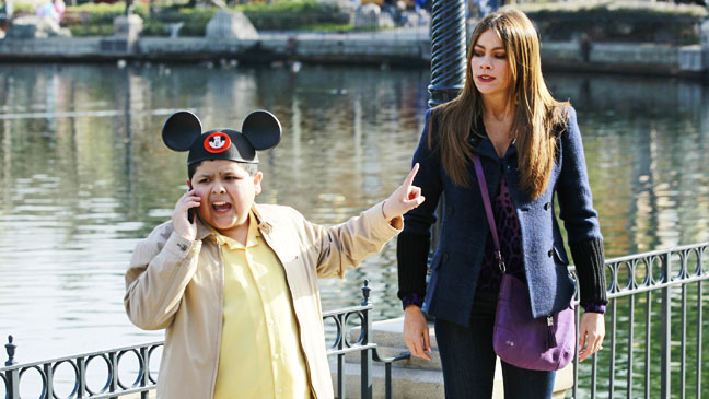 Modern Family Disney May 9 - H 2012