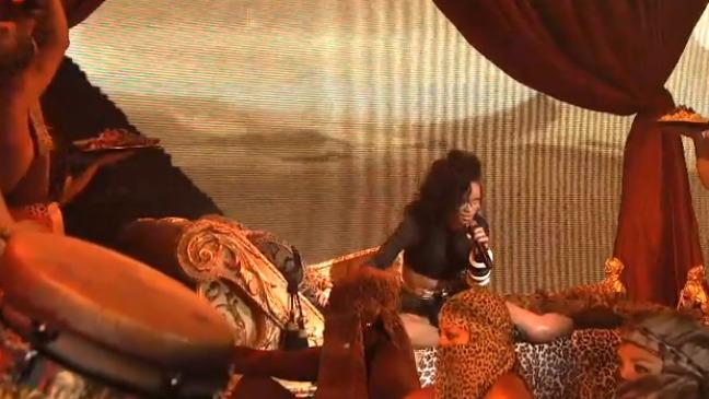 Rihanna Saturday Night Live 2012