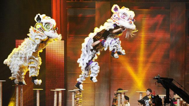 America's Got Talent Las Vegas Dragon - H 2012