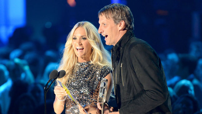 Carrie Underwood Tony Hawk CMT Awards 2012