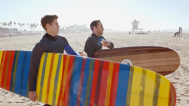 Graceland TV Still NBC - H 2012