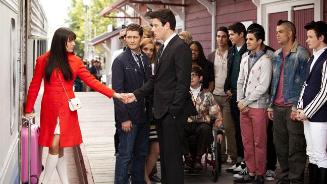 Glee Season 3 Finale Goodbye Lea Michele Train - H 2012