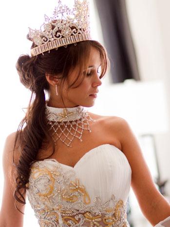 MBFAGW Nettie Corsett Crown - H 2012