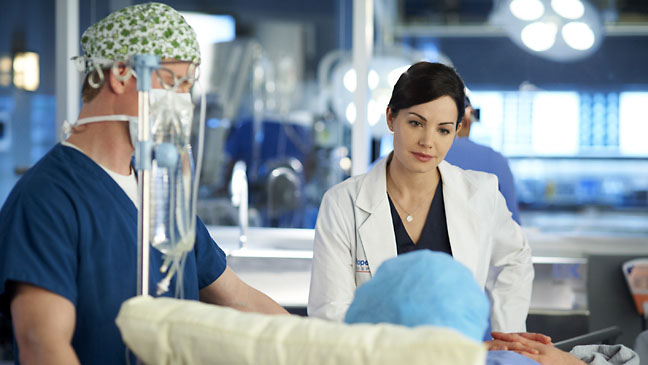 Saving Hope Erica Durance - H 2012