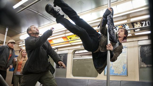 Amazing Spiderman Andrew Garfield Subway Fight - H 2012