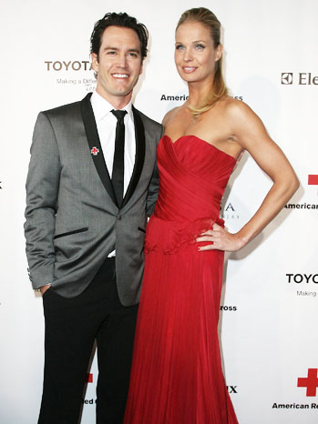 Mark-Paul Gosselaar and Catriona McGinn - P 2012