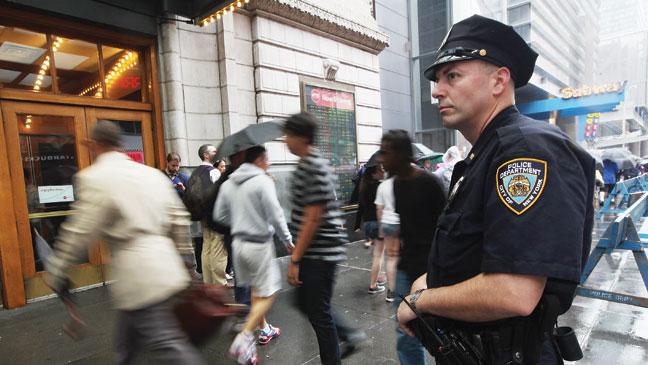 2012-26 FEA Batman NYPD H
