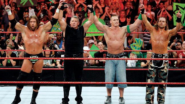 2012-25 BKLOT WWE Raw H