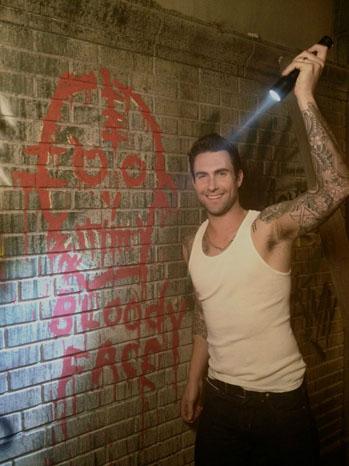 Adam Levine BTS AHS - P 2012