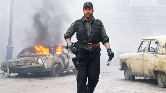 The Expendables 2 Chuck Norris in Fog - H 2012