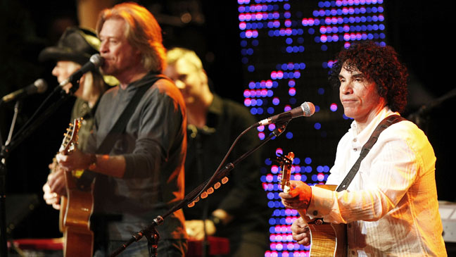 Hall and Oates Performing BMI Pop Awards - H 2012