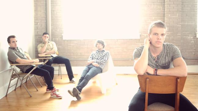 Kingsfoil Frankie Muniz publicity 2012 L