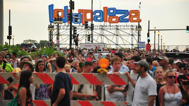 Lollapalooza Crowd - 2012 H