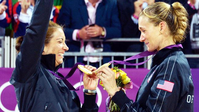 Summer Olympics Misty May-Treanor Kerri Walsh Vollyball Gold - H 2012