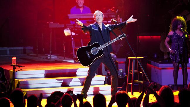 Neil Diamond at the Greek Theater - H 2012