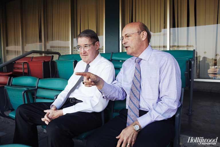 2012-28 FEA Dodgers Petere O'Malley Stan Kasten H IPAD