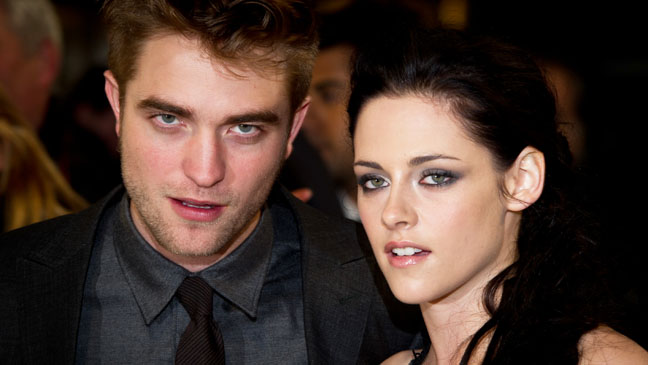 Twilight Breaking Dawn UK Premiere Pattinson Stewart - H 2012