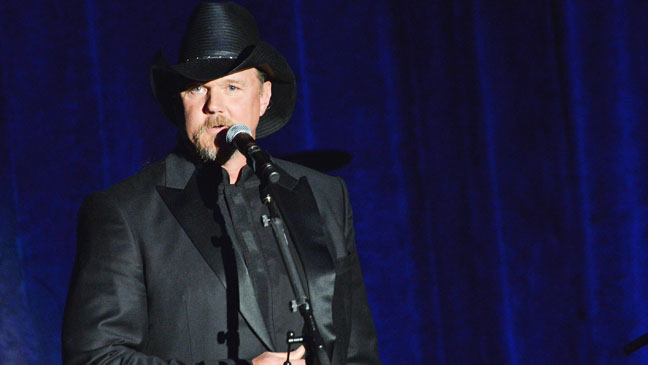 Trace Adkins on Stage - H 2012