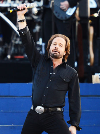 Alfie Boe Queen's Diamond Jubilee Performance - P 2012