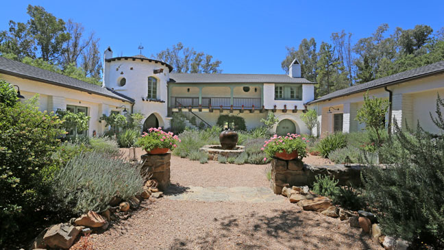 Reese Witherspoon Ranch Exterior - H 2012