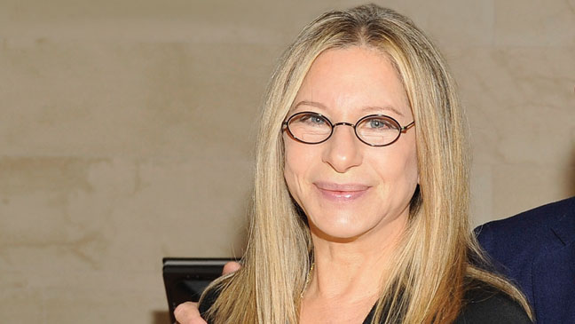 2012-38 TOWN Barbra Streisand H