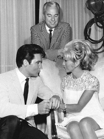 Douglas Laurence Elvis Presley Nancy Sinatra 1968 - P 2012