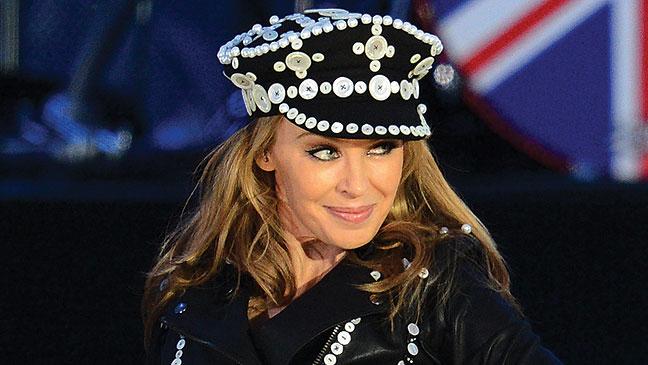 2012-35 BKLOT Abu Dhabi Kylie Minogue H