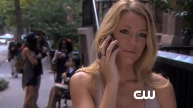 Gossip Girl Cell Phone Screen Grab - H 2012