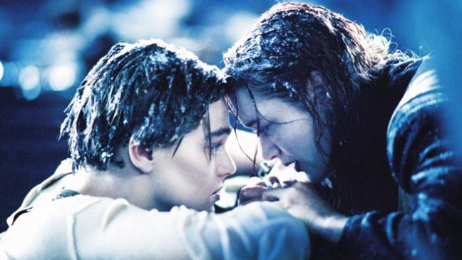 Titanic Jack and Rose in ocean - H 2012