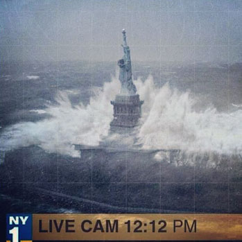 Lady Liberty Fake Hurrican Sandy - P 2012