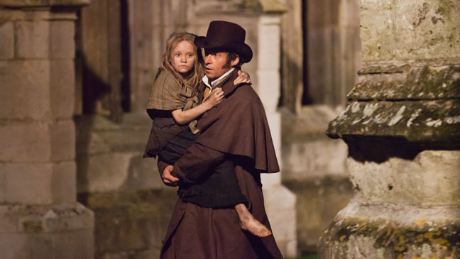 Les Miserables Hugh Jackman carrying Child - H 2012