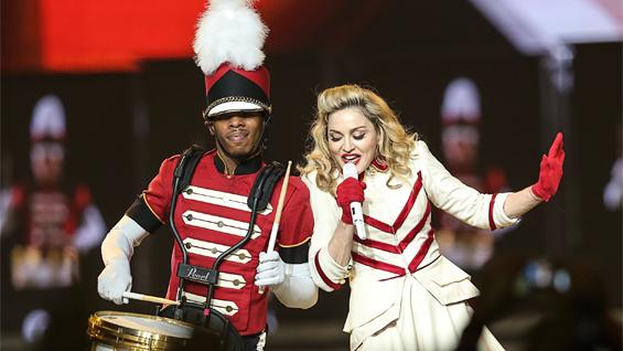 Madonna Staples - H2012