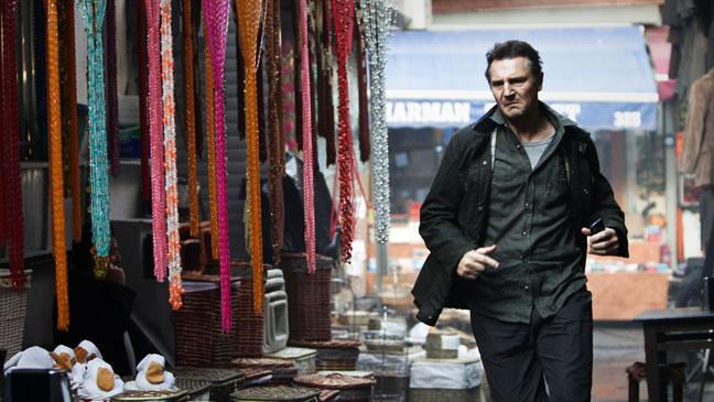 Taken 2 Liam Neeson Running - H 2012