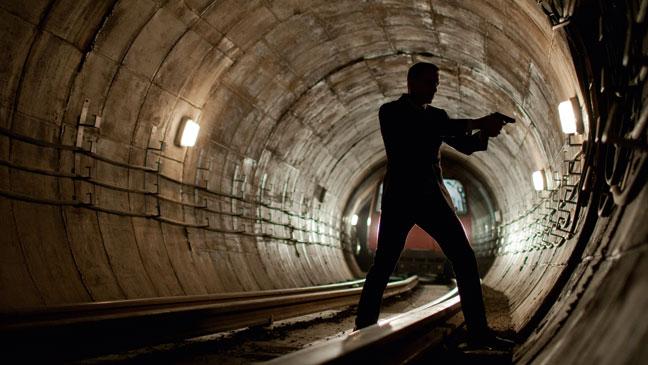 2012-37 FEA Bond Skyfall Tunnel H