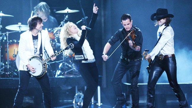 46th Annual CMA Awards Band Perry Performing - H 2012